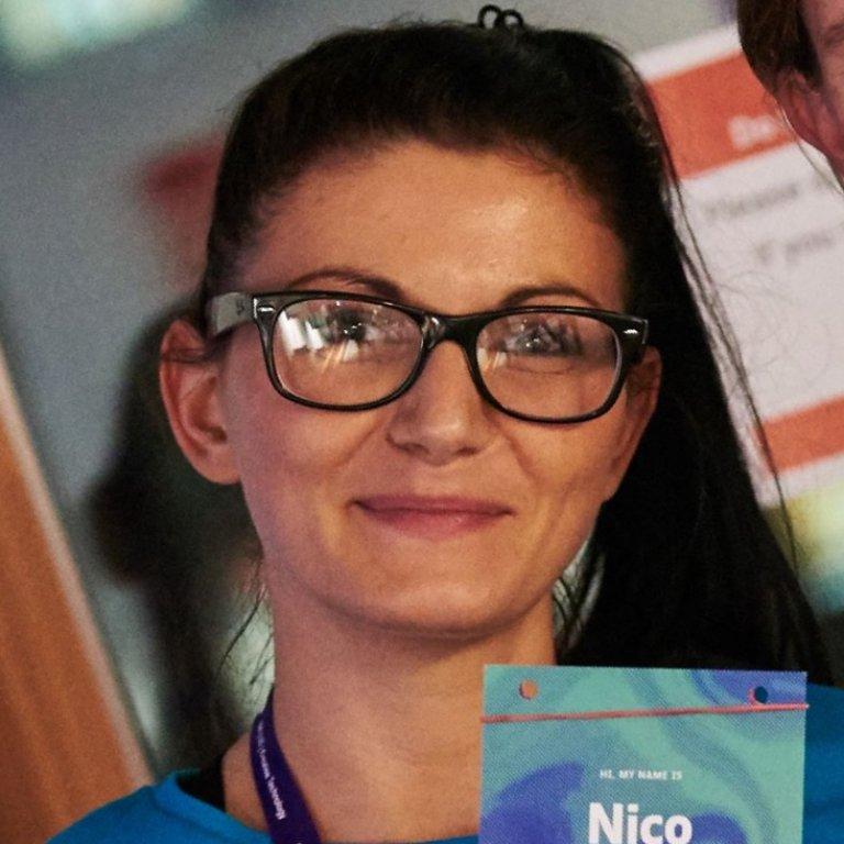Erika Dezsö